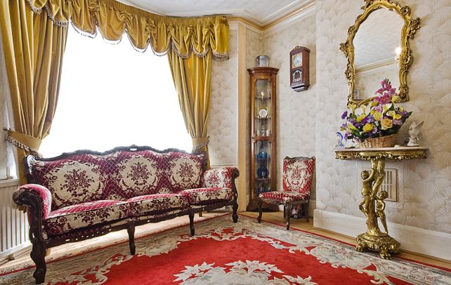 Victorian decor ideas interior design tips for Victorian sitting room design ideas